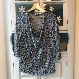 Ellen Tracy Blue and White 3/4 Sleeve Top